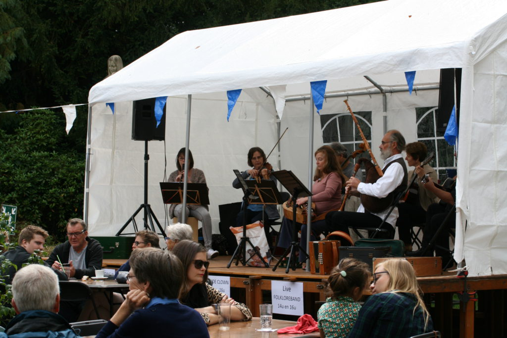 Folkloreband (1)