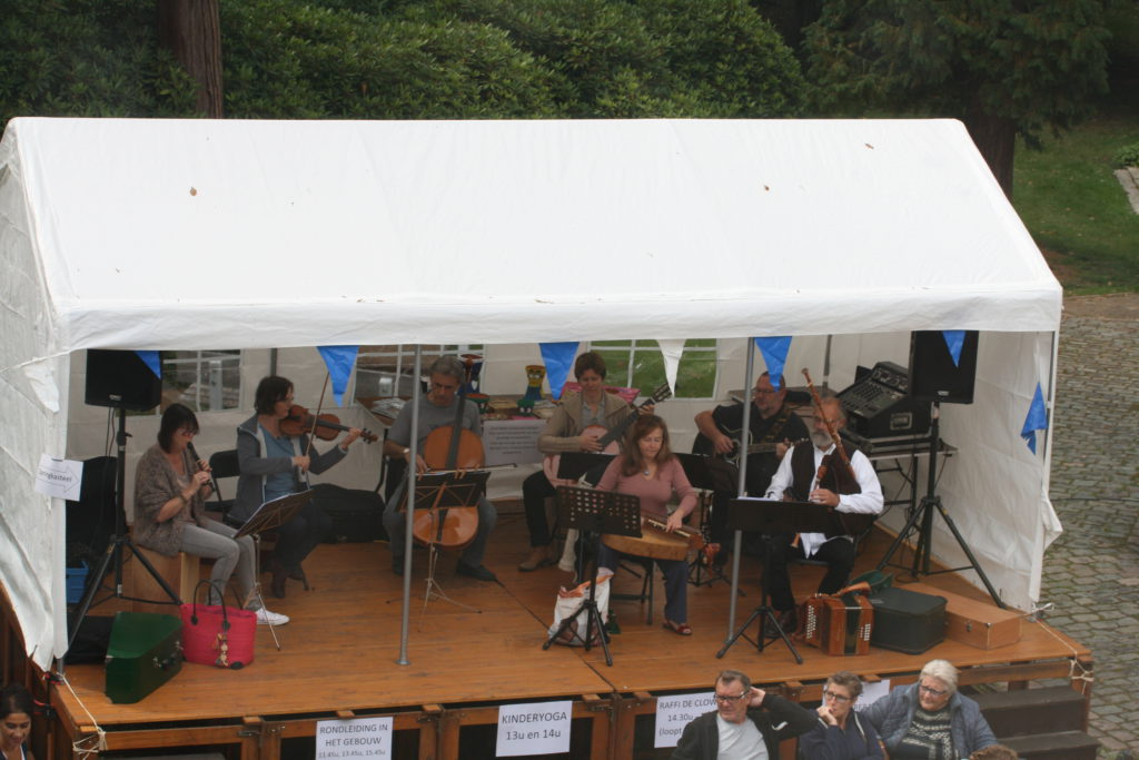 Folkloreband (2)